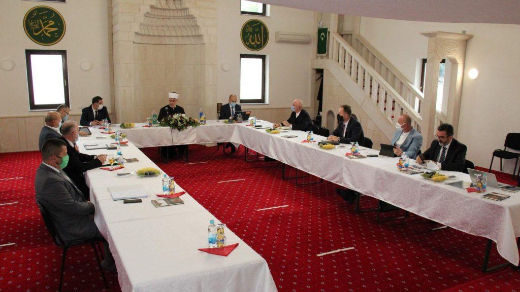 Vijeće muftija: Podrška reisul-ulemi Kavazoviću u provođenju reformi Islamske zajednice