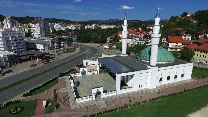 Centralna bajramska svečanost Muftijstva tuzlanskog u Džamiji Kralja Abdulaha