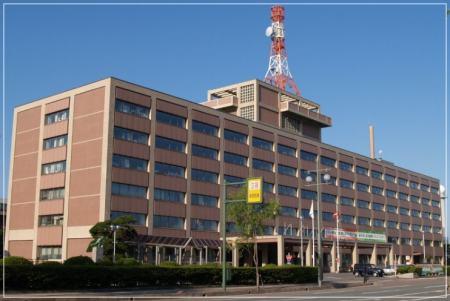 秋田県庁舎外観