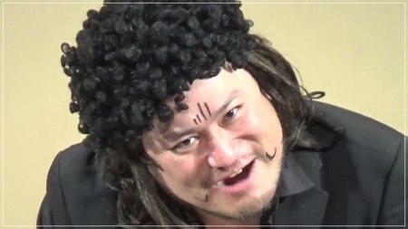ハリウッドザコシショウのネタ中の顔画像