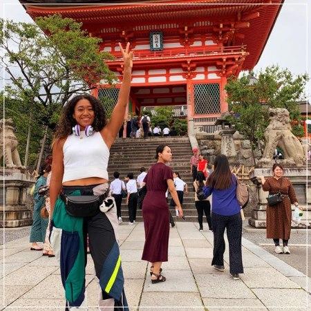 アメリカより日本国籍を選んだテニス選手大坂なおみが観光している画像