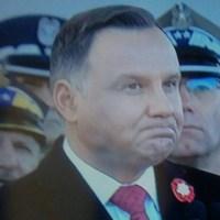 Dziwne miny, krzyk. Coś niepokojącego dzieje się z Andrzejem Dudą?