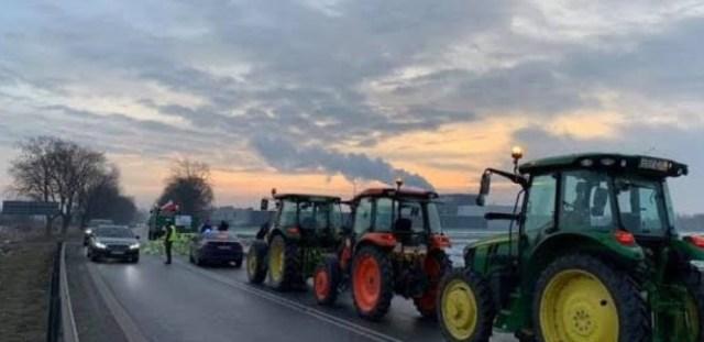 Niepewność na polskiej wsi – Łukasz Owczarek