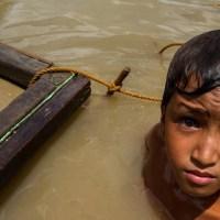 Dzieci w wieku pięciu lat stanowią większość siły roboczej wydobywającej miki na Madagaskarze {Autor Gabi}