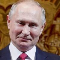 """Putin ma nową superbroń. """"Rosja dysponuje doskonałą bronią, której nie mają inne kraje"""" {Autor Gabi}"""