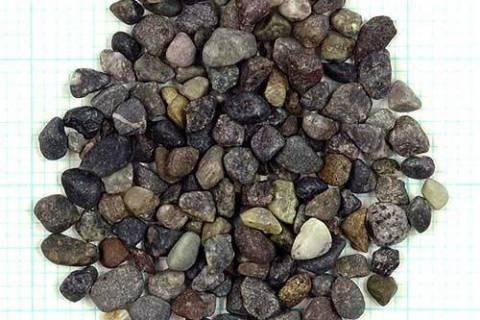 アクアリウムに欠かせない!土・砂・ソイルの基本