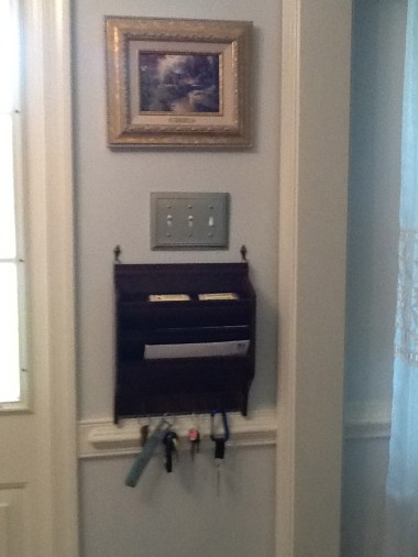 Keys and OutGoing Mail Live Here