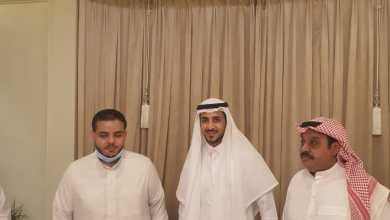 """Photo of آل الكاملي وآل بركات يحتفلون بزواج """"ريان """" وفق الضوابط الإحترازية"""