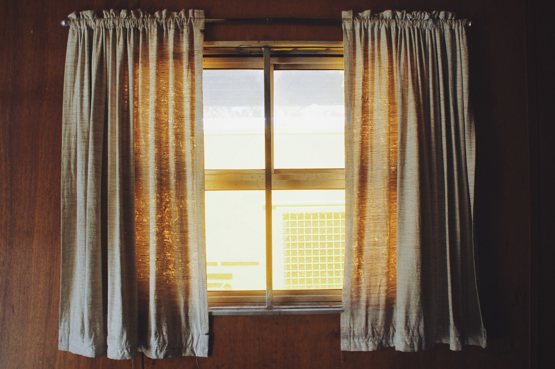 Fenêtre hybride : comment la choisir ?