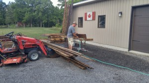 Cleaning reclaimed barn board