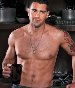 jesse-metcalfe-mens-fitness-may-2011-tyrese-gibson-02