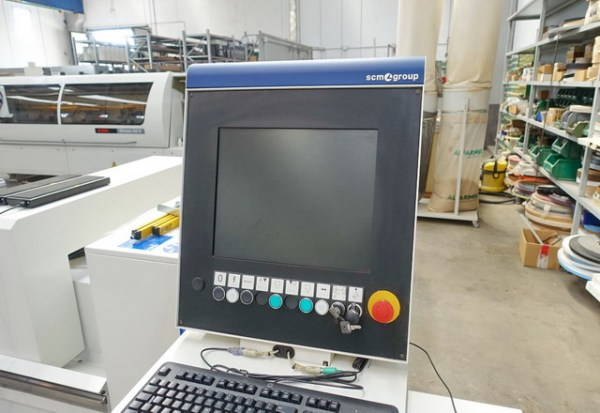 Accord 25 FX CNC Machine by SCM