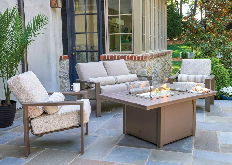 how to choose patio furniture for small