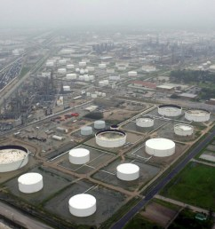 reuters u s crude oil stockpiles rose for a 10th week in a row last week even as refineries boosted output and exports increased  [ 1200 x 810 Pixel ]