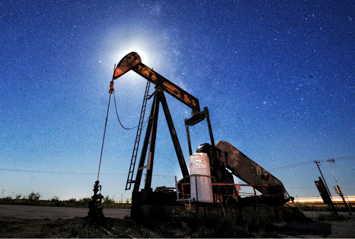 hight resolution of dec 21 2018 by rachel adams heard bloomberg crude drilling increased in american fields even as explorers face the biggest quarterly drop in oil prices