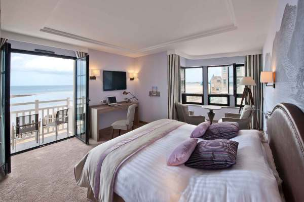 4 Star Hotel With Sea View Le Nouveau Monde In St-malo