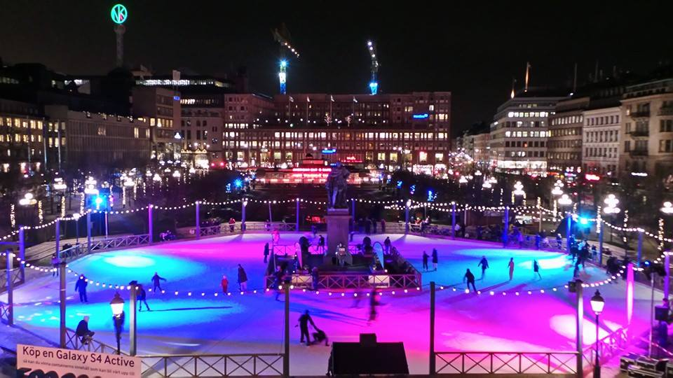 25 Most Beautiful Ice Skating Rinks in the World