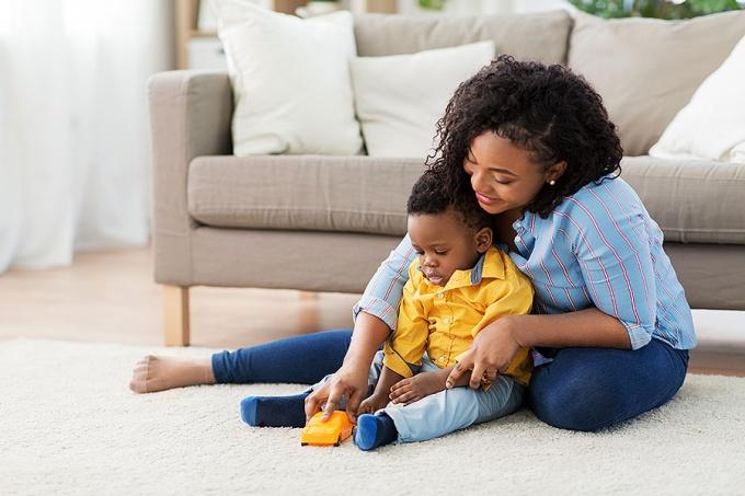 Теплота матери снижает риск ожирения у детей грудного возраста