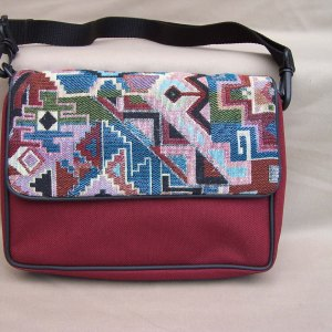 tapestry-purse-flap-burgundy-aztec