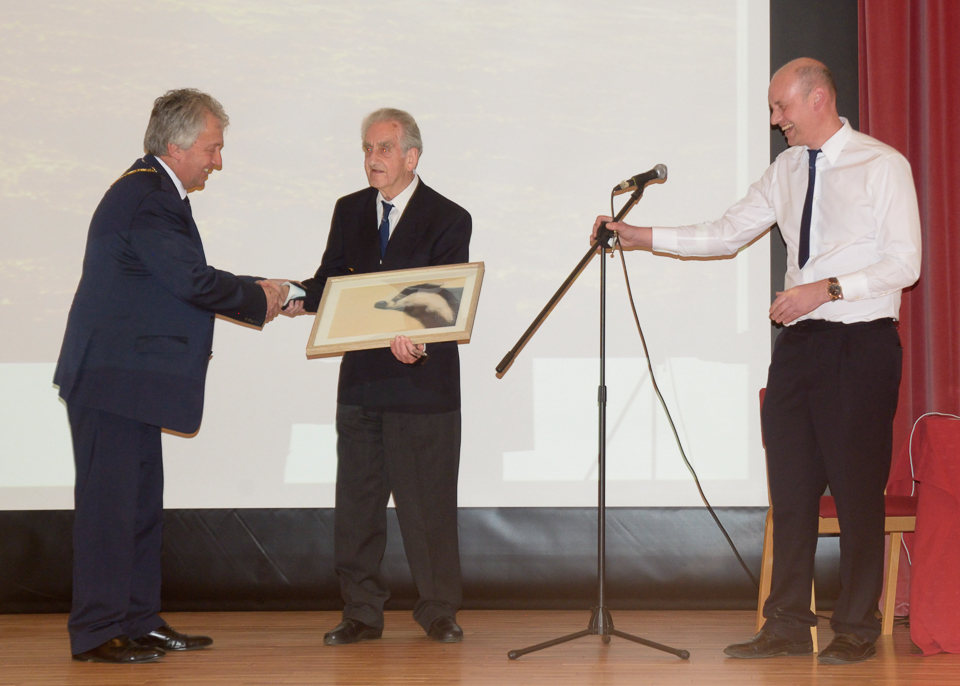 Roy Maycock (President) accepts his painting from David Hopkins (Milton Keynes Mayor)