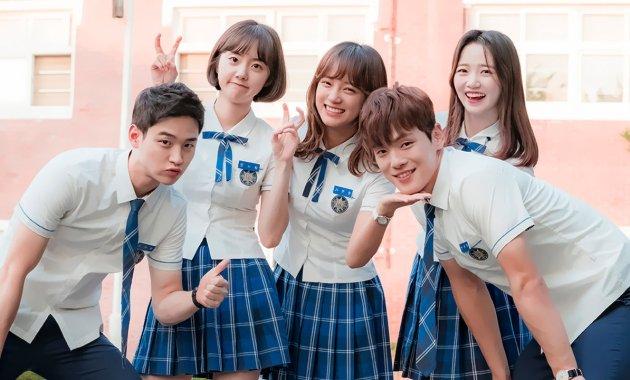 Download School 2017 Korean Drama