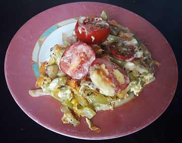 запеканка с овощами, рисом и сливками