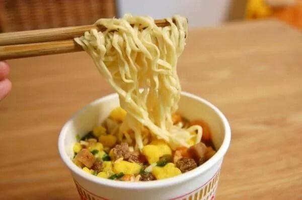 即席麺 シェアランキング