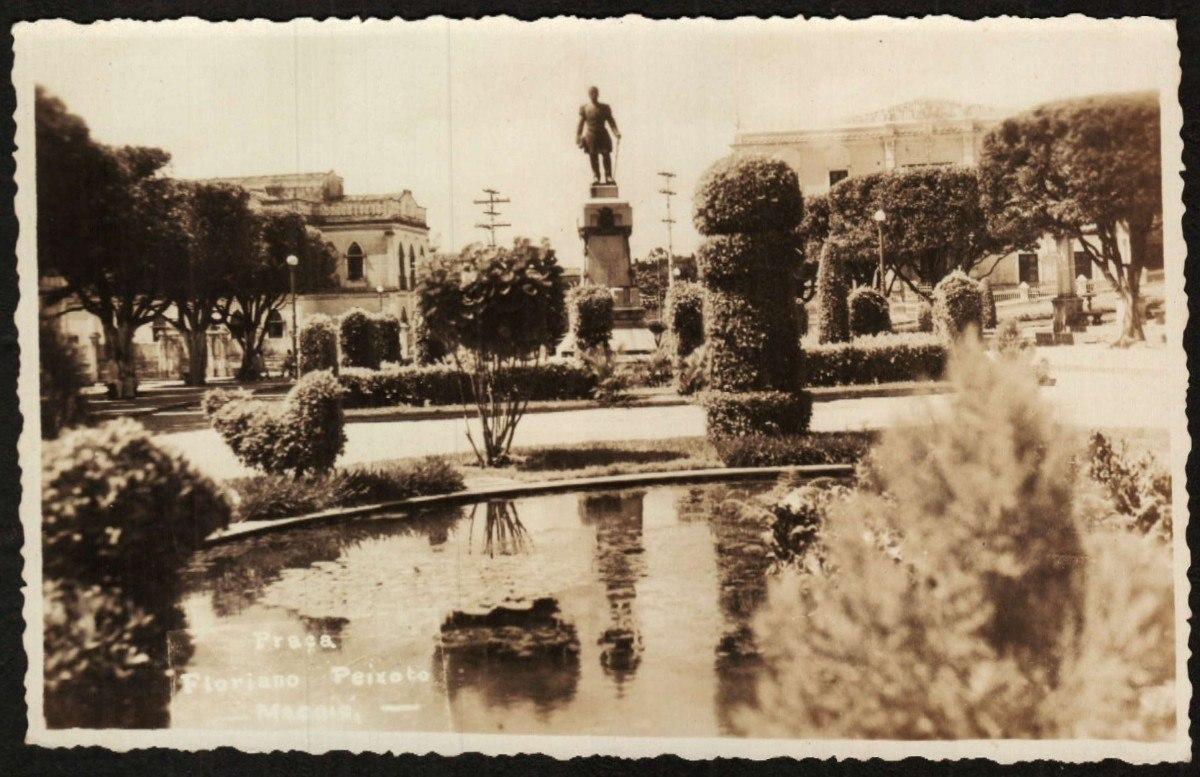 Resultado de imagem para praça estatua floriano peixoto alagoas