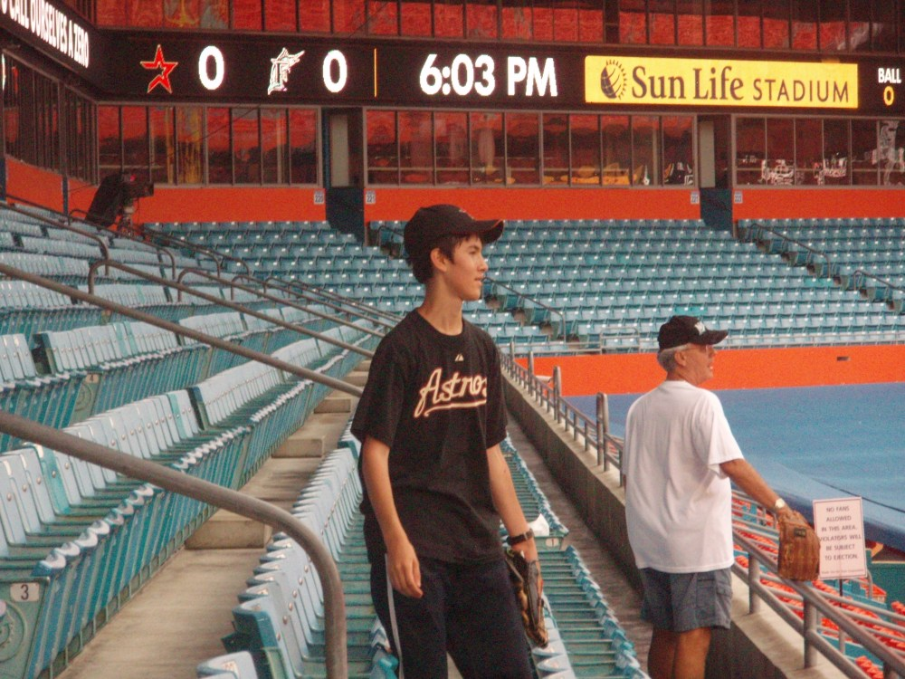 7/7/11 Astros at Marlins: Sun Life Stadium (4/6)