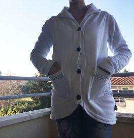 Veste-Douce_porte-mains-poches