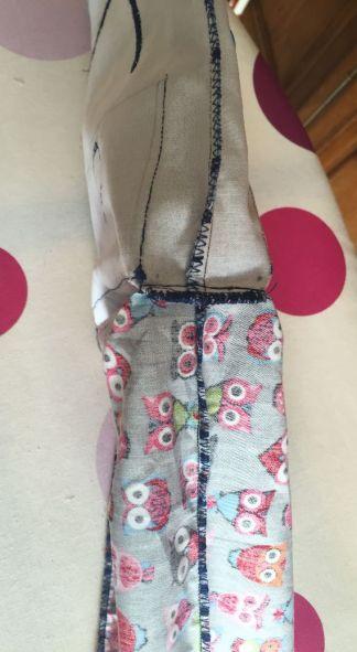Pochette-encours-crochet_couture-triangle-cote