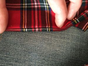Foulard-ecossais_raccord-longueur