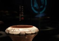 白衣彩陶钵