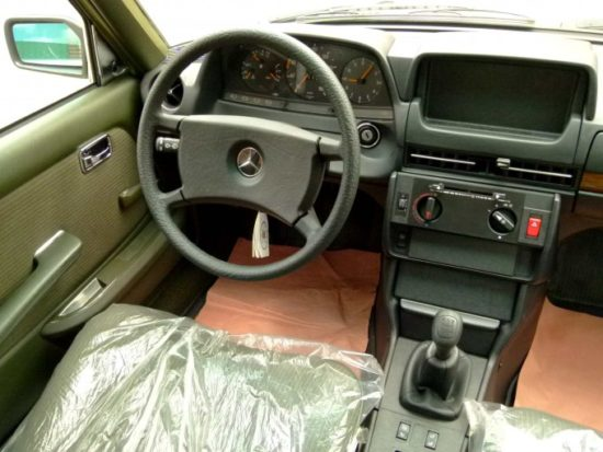 Specijalna komandna tabla taksi verzije