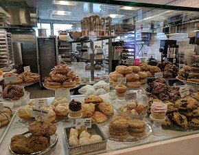 Cookies and a Bakery You Can't Miss