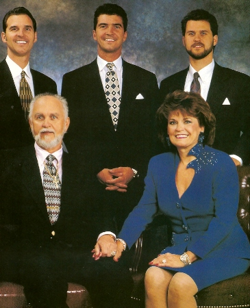 Rodina - Steve, Doyle, Jeff, Dexter a Birdie Yager