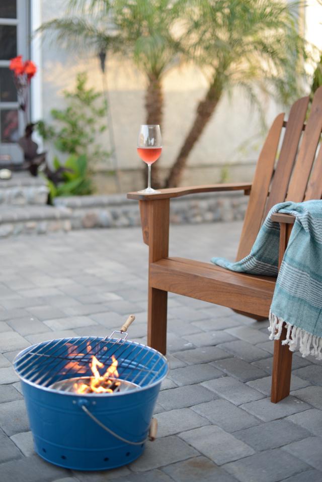 backyard campfire, M Loves M