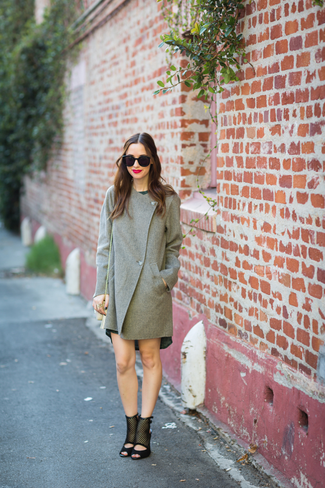 fall outfit with gray coat and black sandal heels via M Loves M @marmar