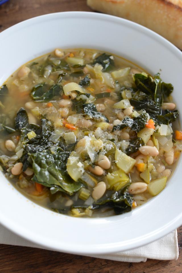 tuscan white bean and vegetable soup via M Loves M @marmar