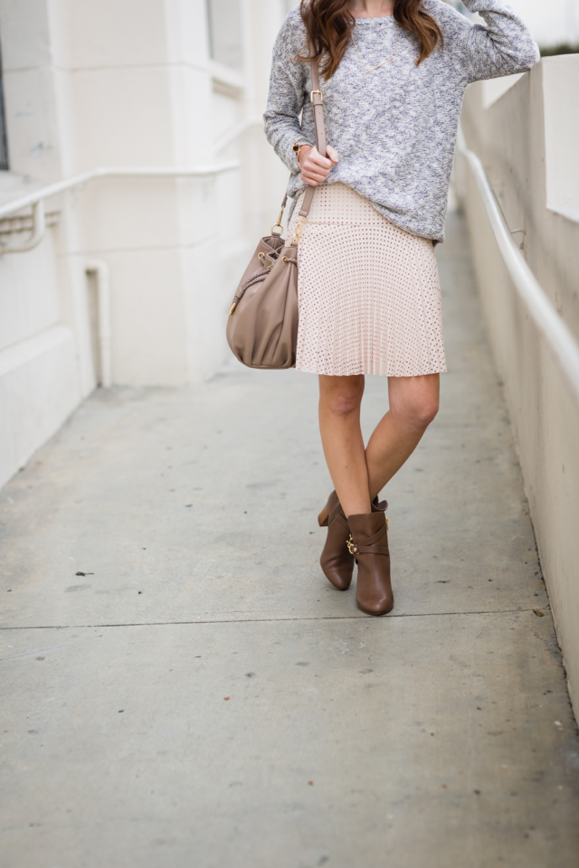 neutral outfit with sweater and skirt M Loves M @marmar