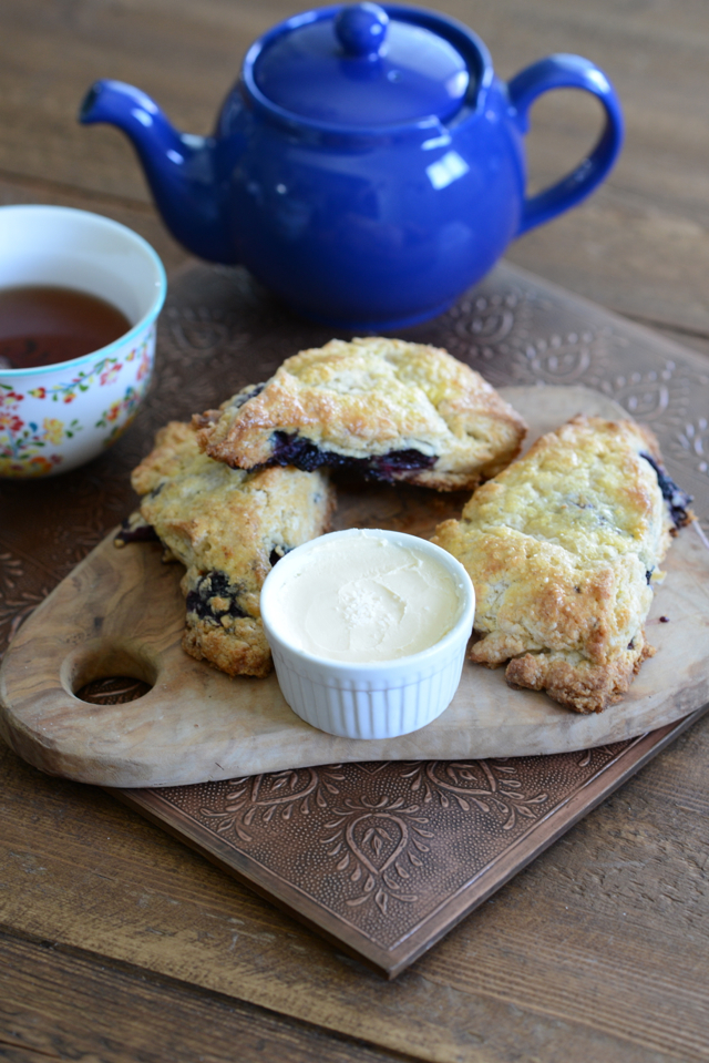 blackberry buttermilk scone recipe M Loves M @marmar