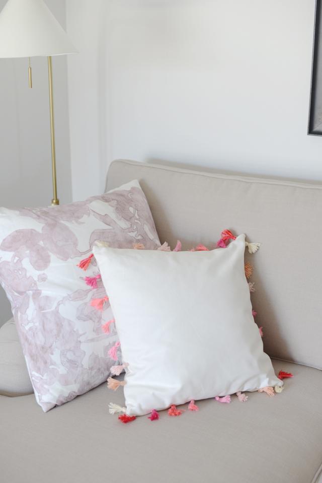 DIY Ombre Tassel Pillow M Loves M @marmar