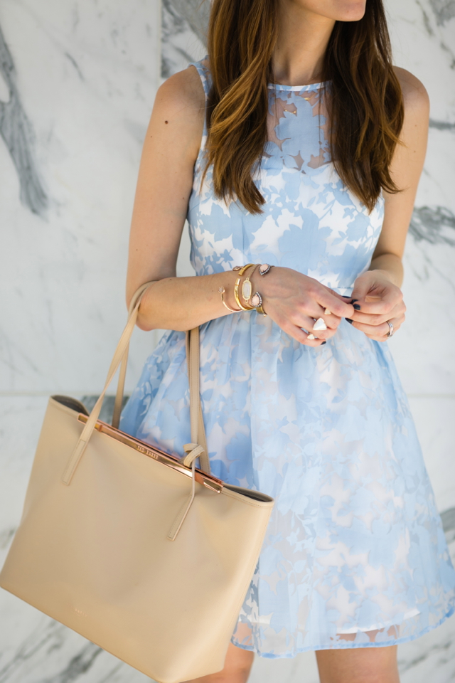 light blue summer dress with nude tote M Loves M @marmar