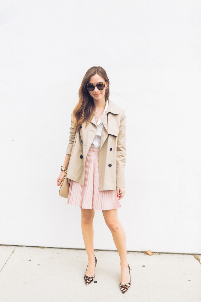 trench coat with white button up and pink pleated skirt and leopard heels M Loves M Los Angeles fashion blogger @marmar