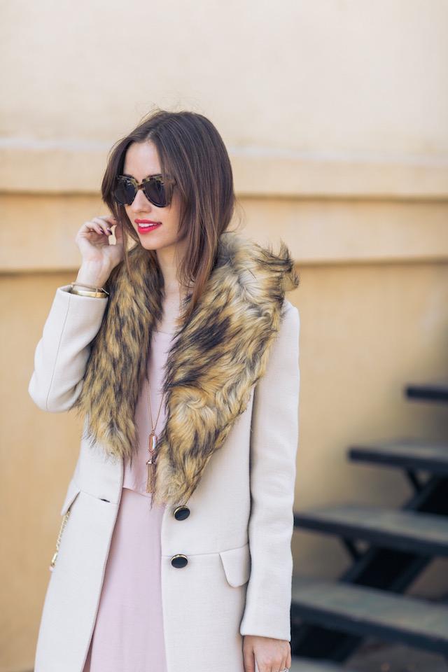 beige coat with faux fur collar M Loves M @marmar