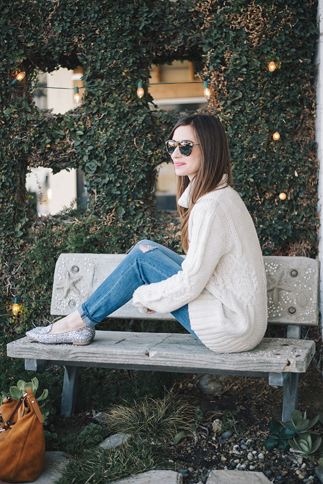 oversized turtleneck sweater with boyfriend jeans and flats M Loves M