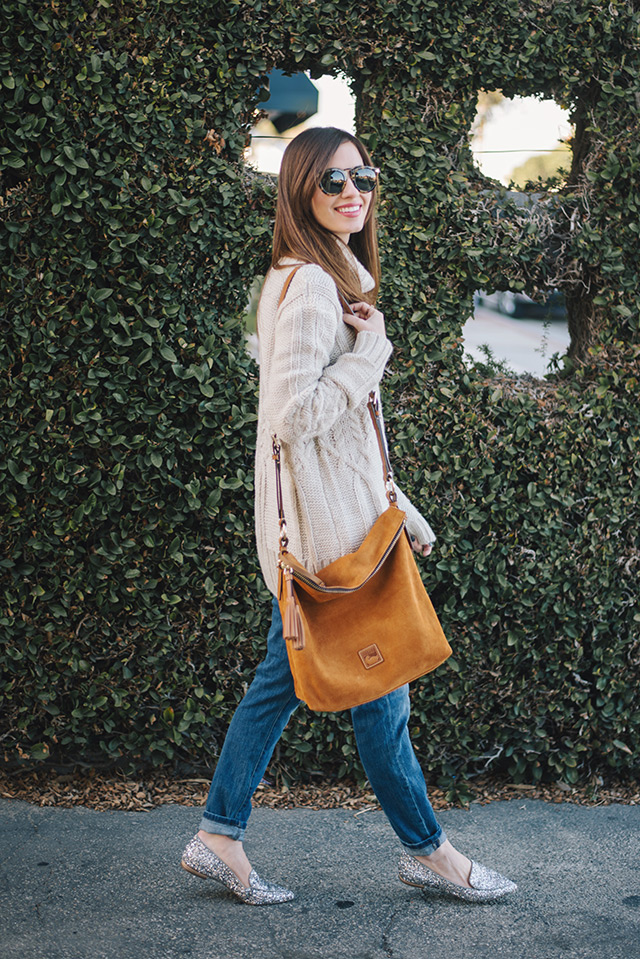 dooney and bourke bag with turtleneck and boyfriend jeans M Loves M