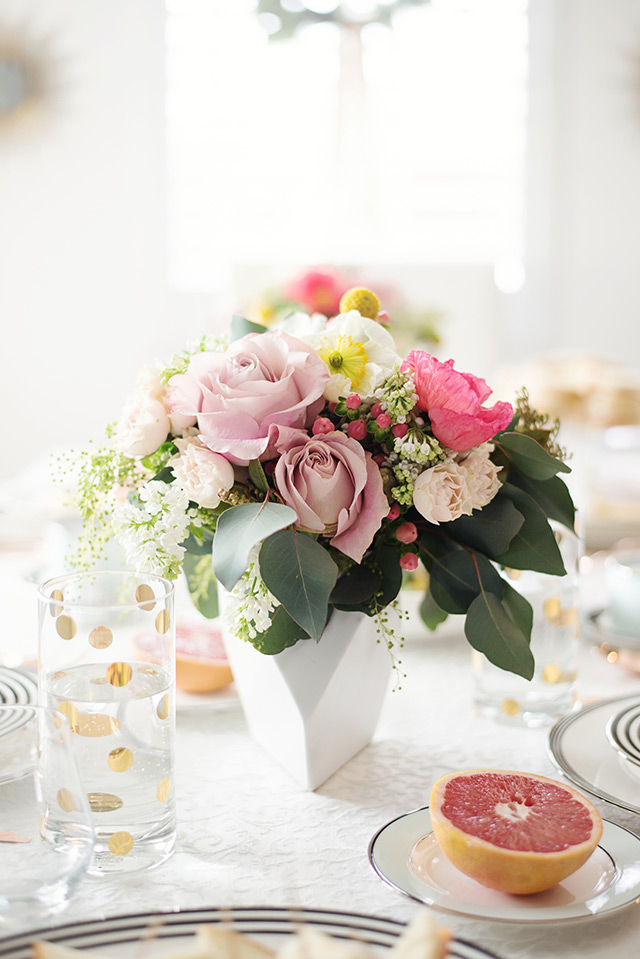 beautiful flowers for a bridal shower M Loves M