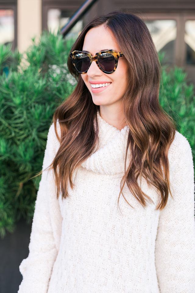 white fluffy turtleneck sweater M Loves M
