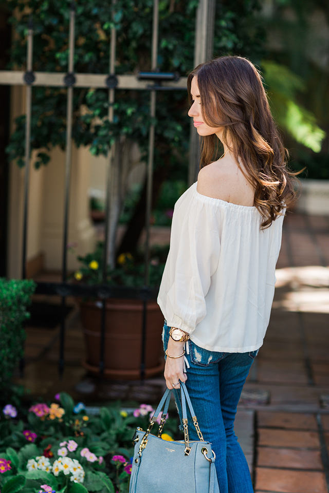 styling a white top with jeans M Loves M
